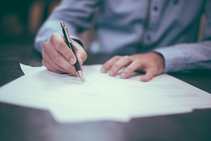 WHAT IS A DIGITAL SIGNATURE, HOW DOES IT WORK AND WHY IS IT IMPORTANT?