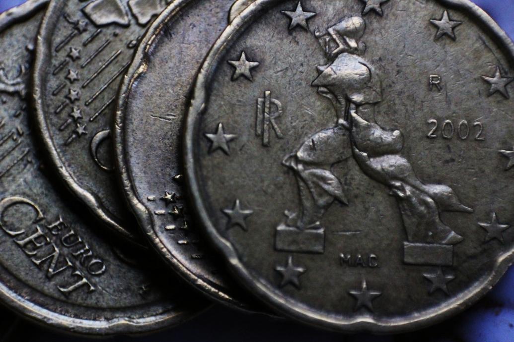 euro-1036890_1920-1035x690